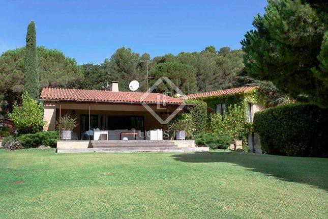 Thumbnail Villa for sale in Spain, Barcelona North Coast (Maresme), Sant Andreu De Llavaneres, Lfs4357