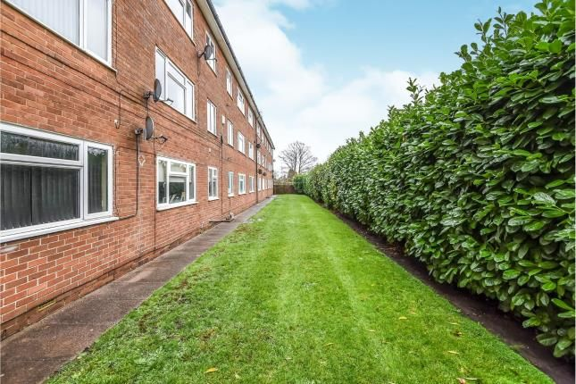 Communal Gardens of Maple House, Springhill Close, Walsall, West Midlands WS4