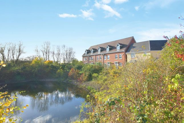 Thumbnail Town house for sale in Ophelia Drive, Stratford-Upon-Avon