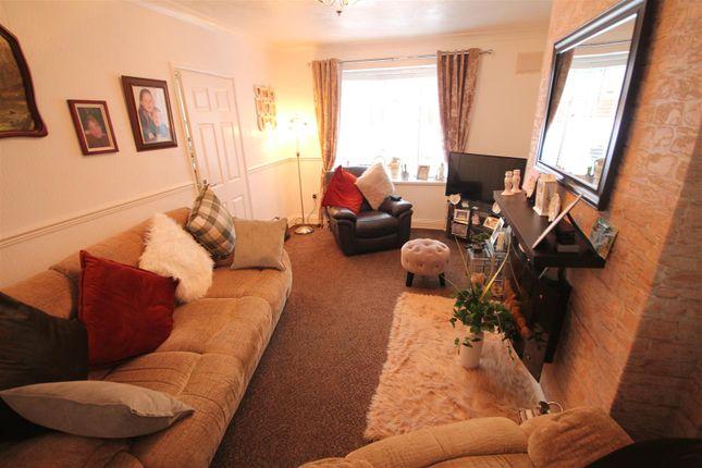 Living Room of Local Avenue, Sherburn Hill, Durham DH6