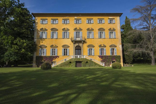 21 bed town house for sale in 56017 San Giuliano Terme, Province Of Pisa, Italy
