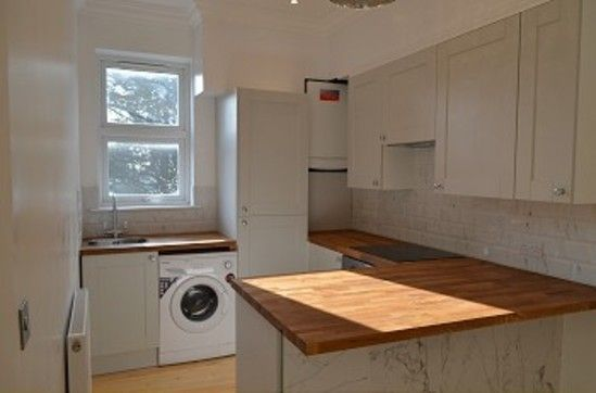 Thumbnail Flat to rent in Woodside Road, London
