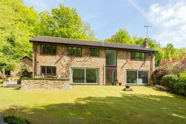 Thumbnail Detached house for sale in Hearn Close, Penn, High Wycombe