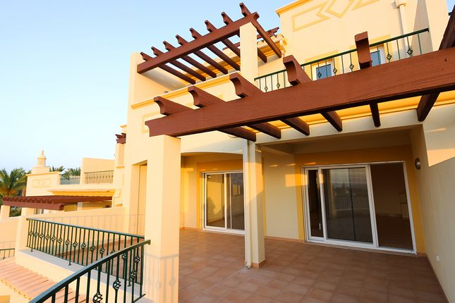 Thumbnail Town house for sale in Quinta Heights, Central Algarve, Portugal