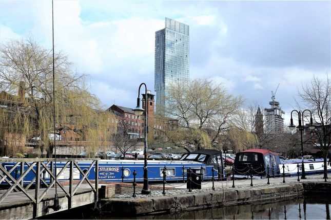Thumbnail Flat for sale in Beetham Tower, Manchester