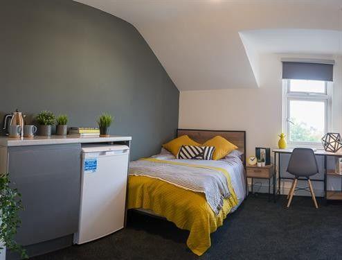 Thumbnail Room to rent in Magazine Lane, New Brighton, Wallasey
