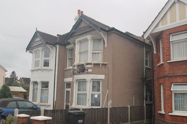 2 bed flat for sale in Courtney Road, Croydon