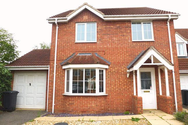Thumbnail Detached house to rent in Rye Close, Sleaford