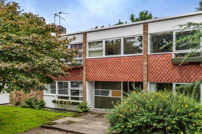 2 bed flat for sale in Parkleys, Ham, Richmond TW10