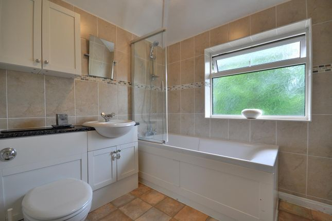 2 bed semi-detached house to rent in Hampden Road, Harrow, Middlesex