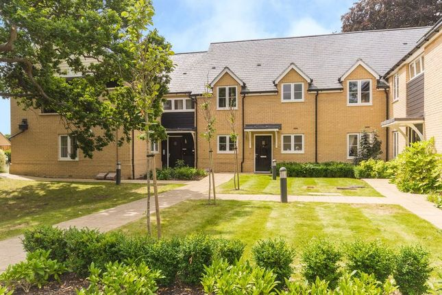 Thumbnail Flat for sale in Lawn Upton Close, Oxford