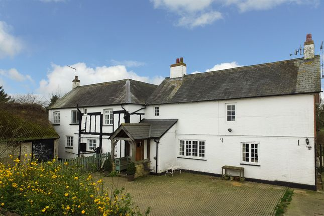 Thumbnail Farmhouse for sale in Hollingdon, Leighton Buzzard
