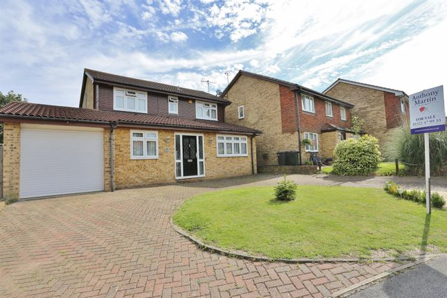 Thumbnail Detached house for sale in Brewers Field, Dartford