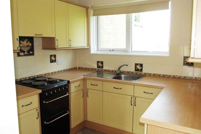 Thumbnail Terraced house to rent in Geraint Rd, Bromley