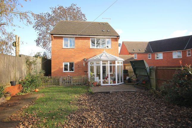 Thumbnail Detached house for sale in Upper Croft, Danesmoor, Chesterfield