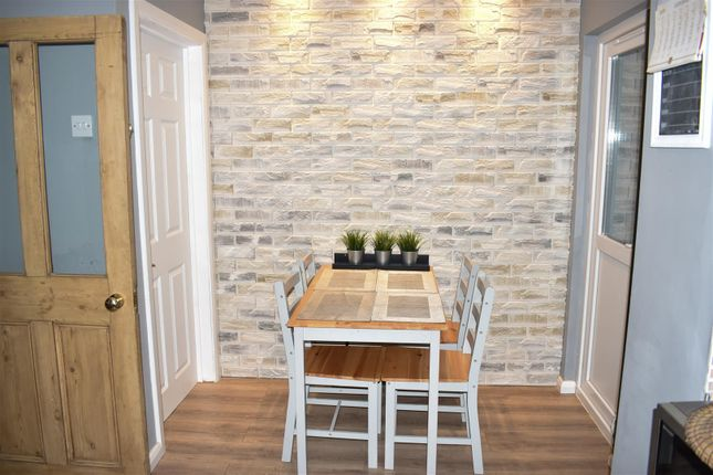 Kitchen/Diner of Glebeland Road, Northampton NN5