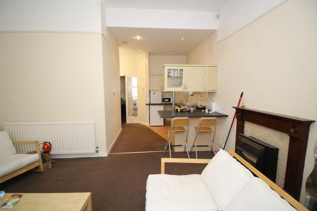 1 bed flat to rent in Lambton Road, Jesmond, Newcastle Upon Tyne
