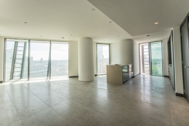 Thumbnail Flat to rent in One Blackfriars Road, Southwark, London