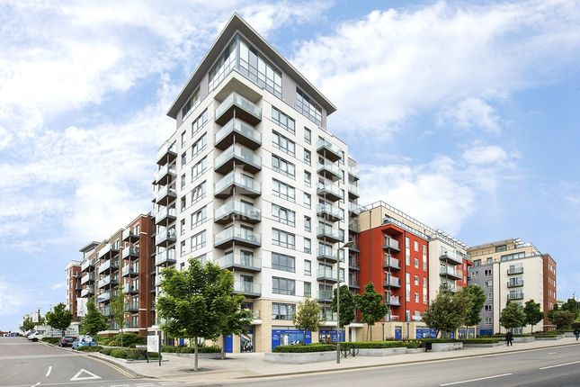 Thumbnail Flat for sale in Envoy House, East Drive, London
