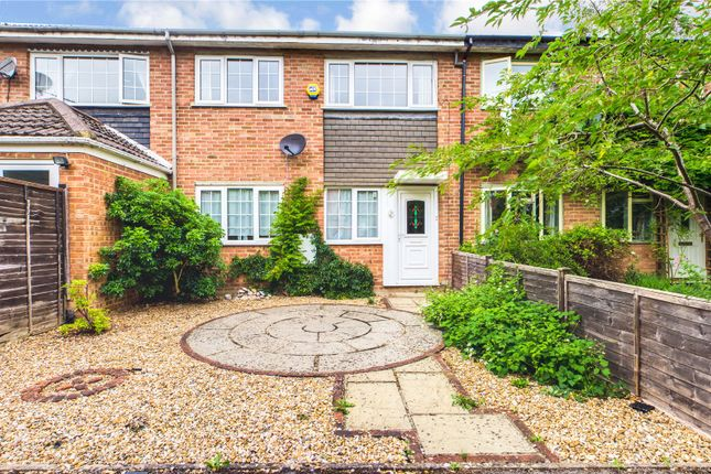 Thumbnail Town house to rent in Primrose Close, Purley On Thames, Reading, Berkshire