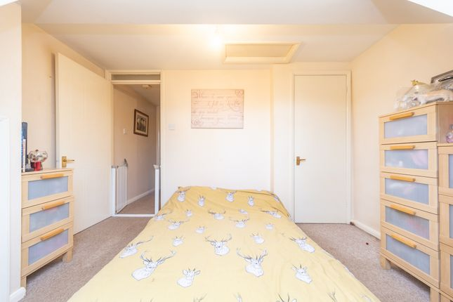Bedroom-(3) of Plough Road, Yateley, Hampshire GU46