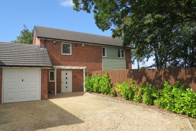 Thumbnail Link-detached house to rent in Shooters Hill, Sutton Coldfield