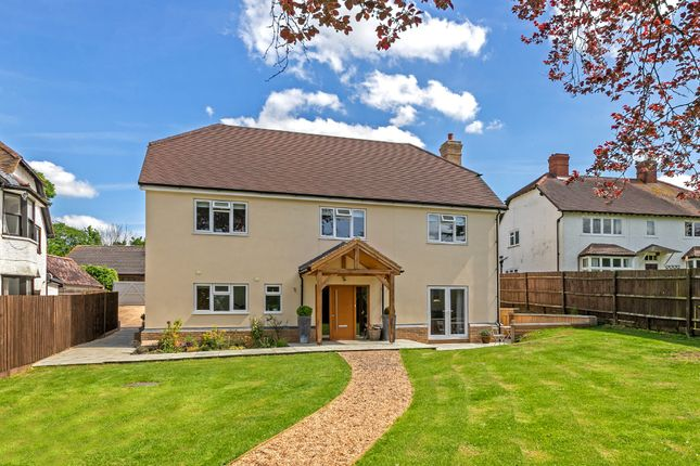 Thumbnail Detached house for sale in Windmill Hill, London Road, Buntingford