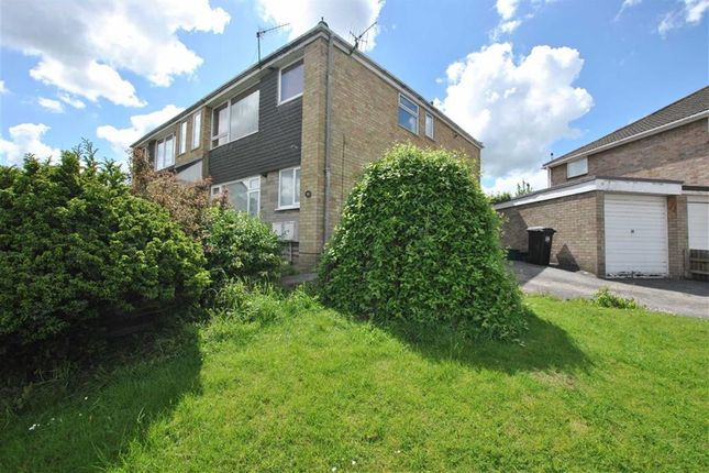 2 bed flat to rent in Ravenhead Drive, Hengrove, Bristol