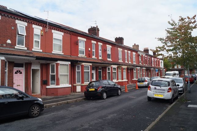 Thumbnail Terraced house to rent in Ruskin Avenue, Rusholme