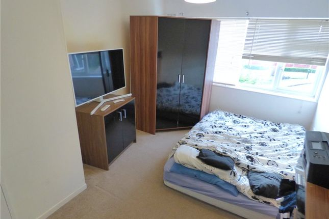 Picture No. 03 of Gaza Close, Coventry, West Midlands CV4