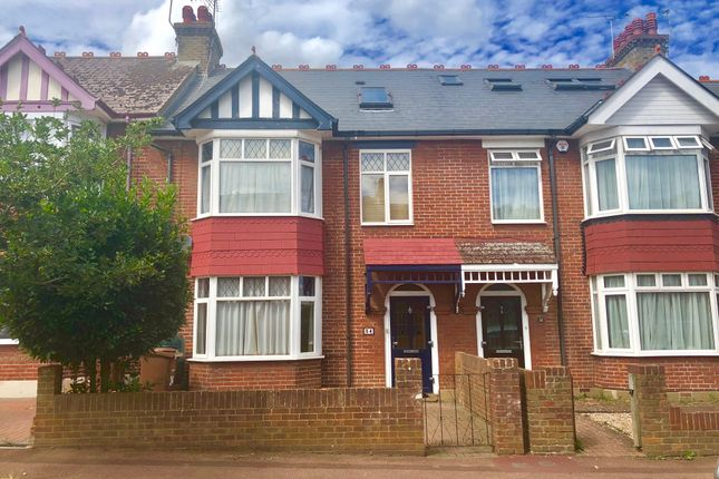 Thumbnail Terraced house for sale in Beechwood Avenue, Chatham