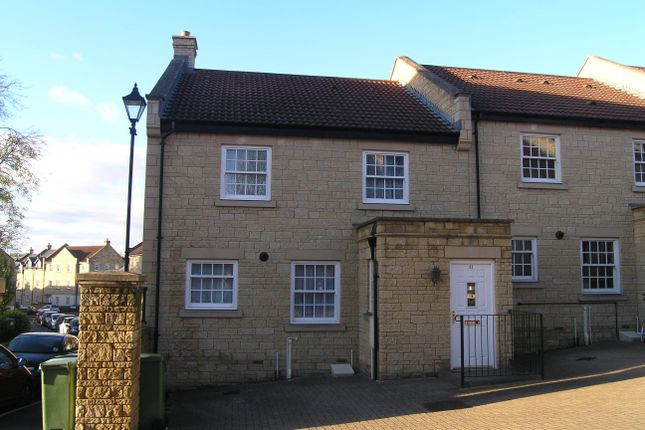 Thumbnail Property to rent in Flowers Yard, Chippenham