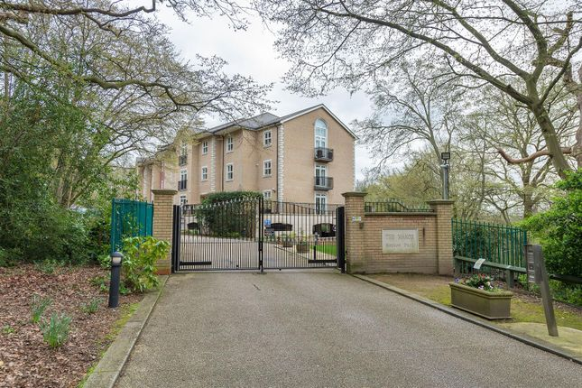 Thumbnail Flat to rent in Regents Drive, Woodford Green