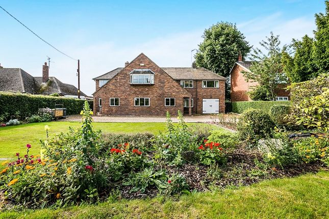 Thumbnail Detached house for sale in Broxwood Townfield Lane, Mollington, Chester