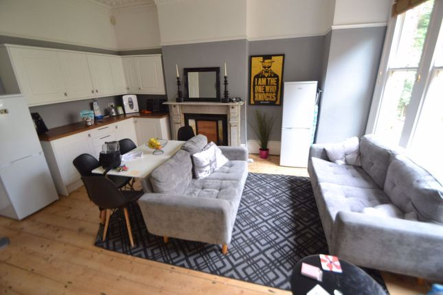 Thumbnail Shared accommodation to rent in Cranbrook Road, Redland, Bristol