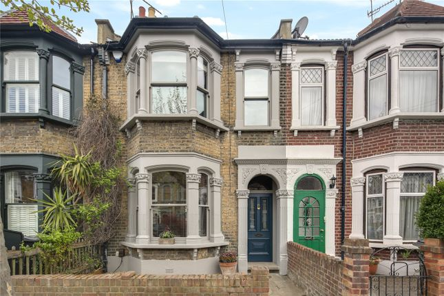 3 bed property for sale in Roding Road, Hackney, London E5