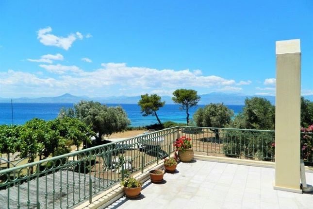 Properties for sale in corinthia peloponnese greece for Greece waterfront property for sale