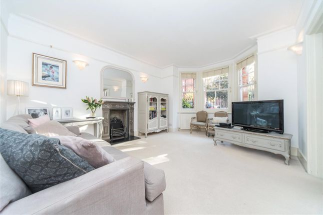 2 bed flat for sale in Brandon Mansions, Queen's Club Gardens, Fulham, London