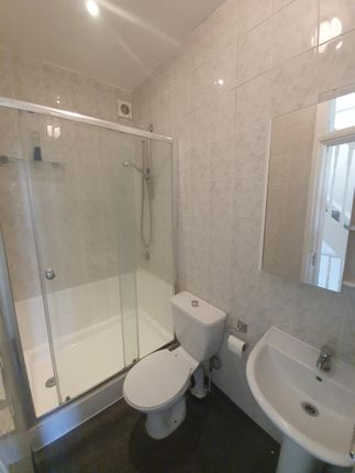 Thumbnail Flat to rent in Palace Road, London