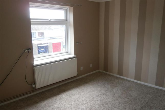 2 bed flat for sale in Parkway, Apse Heath, Isle Of Wight