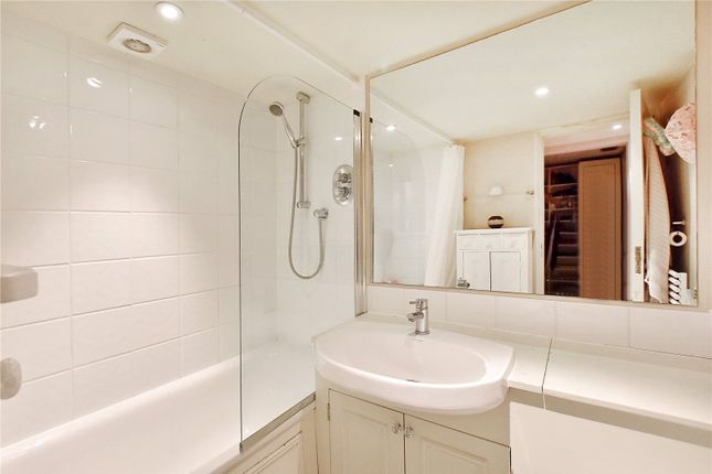 Bathroom of Onslow Gardens, South Kensington, London SW7