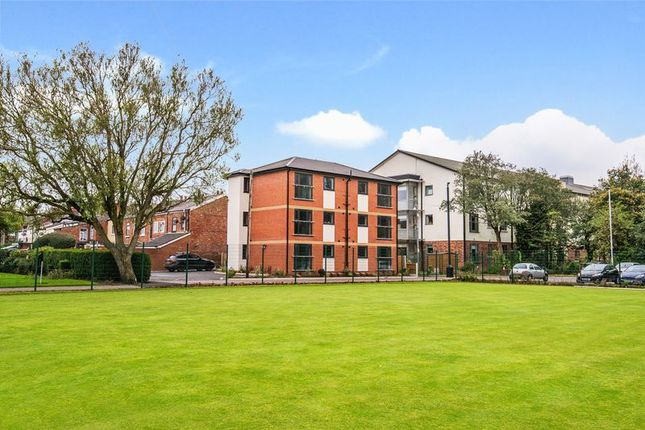 1 bed flat to rent in Park Avenue, Aughton, Ormskirk L39