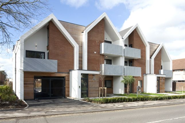 Thumbnail Flat for sale in Stowe Apartments, Station Road, Bourne End, Buckinghamshire