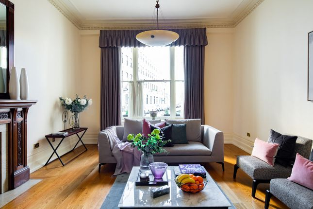 Thumbnail Flat to rent in Cleveland Square, London