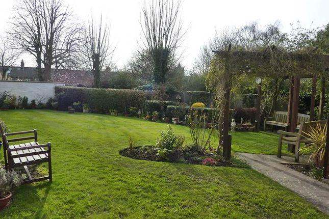 Garden 2 of Waltham Road, Twyford, Reading RG10