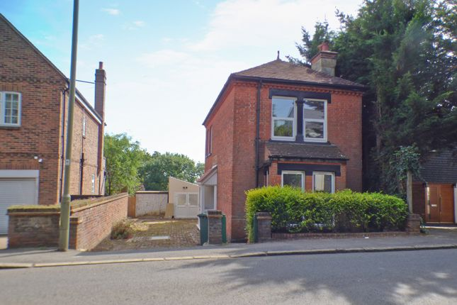 Thumbnail Cottage to rent in Barnet Road, Arkley