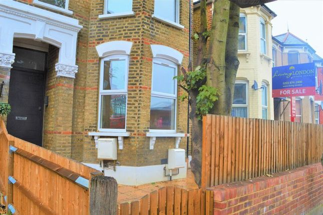 2 bed flat for sale in Lordship Lane, London