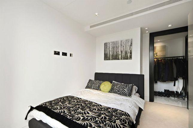 Picture No. 08 of Kensington High Street, London W14