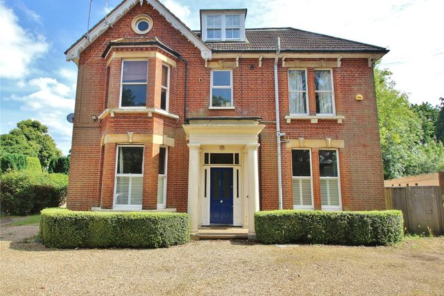 Thumbnail Flat for sale in Horsell, Woking, Surrey