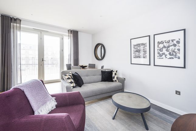 Thumbnail Flat to rent in Monarch Square, London